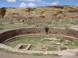 SB - John Ware Chaco_Canyon_Chetro_Ketl_great_kiva_plaza_NPS