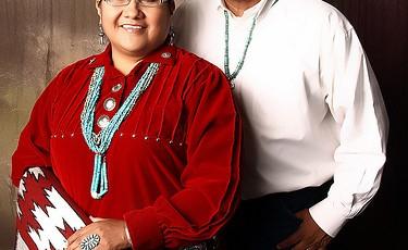 Manual, Debbie & Royce